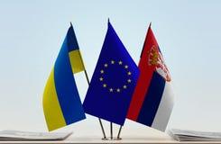 乌克兰欧盟和塞尔维亚的旗子 库存图片