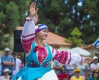 乌克兰民间舞蹈 库存照片