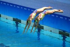 乌克兰的洛丽塔Ananasova和安娜Voloshyna任意竞争在花样游泳二重奏里约的惯例初阶期间2016年 库存图片