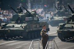 乌克兰美国独立日的军事游行 图库摄影