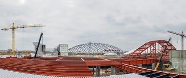 乌克兰,基辅 金属结构 在商城共和国的建筑进步 库存照片