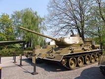 乌克兰 基辅 巨大爱国战争的博物馆纪念复合体  军用设备 34 t坦克 免版税库存照片