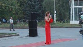 乌克兰a的伊丽莎白Havryliuk的尊守的艺术家 股票视频