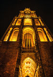 乌得勒支,荷兰- 10月18 :有夜间照明设备的古老欧洲教会 乌得勒支-荷兰 库存照片