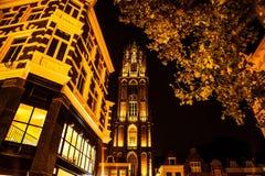 乌得勒支,荷兰- 10月18 :有夜间照明设备的古老欧洲教会 乌得勒支-荷兰 图库摄影