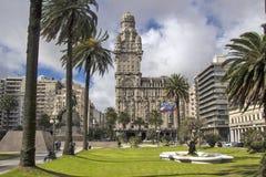 乌拉圭-蒙得维的亚-在中心被找出的齐射宫殿帕拉西奥S 免版税图库摄影