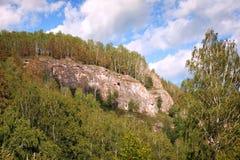 乌拉尔山和夏天风景在巴什科尔托斯坦共和国 免版税库存图片
