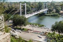 乌拉尔河的堤防 奥伦堡,俄罗斯 免版税图库摄影