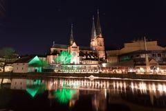 乌普萨拉大教堂在夜之前 库存图片