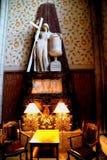 乌普萨拉大教堂的室内雕塑 免版税库存图片