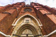 乌普萨拉大教堂,瑞典前面门面  免版税库存照片