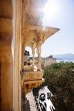 乌代浦,印度- 2017年1月12日-高度装饰的内部  免版税图库摄影