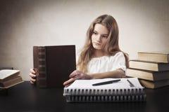乏味家庭作业 免版税图库摄影