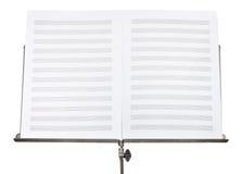 乐谱空白的双重页在立场关闭的 免版税图库摄影