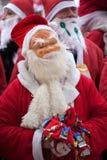 乐趣拉脱维亚里加运行圣诞老人结构 库存图片