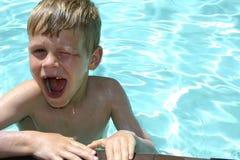 乐趣游泳 库存照片