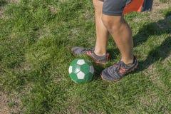 乐趣的夏天足球 免版税库存图片