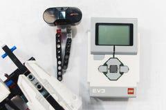 乐高伊芙机器人学微型控制器概念 免版税库存图片
