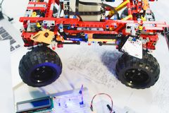 乐高技术建设者机电仪一体化面包板 免版税库存照片