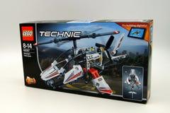 乐高技术超轻型的直升机零售箱子 免版税库存照片