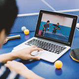 乒乓球乒乓球体育活动概念 免版税图库摄影