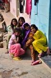 乔德普尔城,印度- 2015年1月2日:印地安孩子画象在一个村庄在乔德普尔城 免版税库存照片