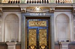 乔治大厅内部利物浦st英国 免版税库存图片