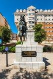 乔治Rooke先生海军上将雕象在直布罗陀 免版税库存照片