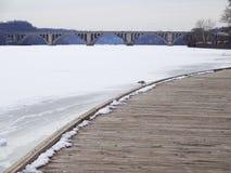 乔治城江边和钥匙桥梁 免版税图库摄影