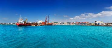 乔治市开曼群岛江边 免版税库存照片