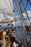 乘员组装配夏威夷头目的风帆 免版税库存图片
