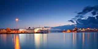 乘客口岸比雷埃夫斯,雅典。 免版税库存照片