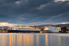 乘客口岸比雷埃夫斯,雅典。 免版税库存图片