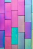 乙烯基房屋板壁的五颜六色的背景样式 免版税图库摄影