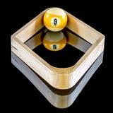 九个球机架台球比赛  免版税图库摄影