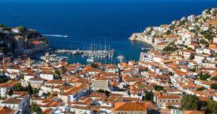 九头蛇海岛,希腊小游艇船坞  旅行 免版税图库摄影