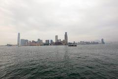 九龙多云朦胧的冬天视图从香港的 库存照片