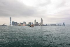 九龙多云朦胧的冬天视图从香港的 图库摄影