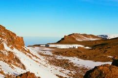 乞力马扎罗山的冰室 免版税库存图片