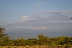 乞力马扎罗- Kibo和Mawenzi峰顶,屋顶af非洲 免版税库存照片
