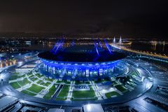 也称Zenit竞技场的圣彼得堡体育场空中照片 库存照片
