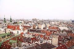 维也纳屋顶都市风景 图库摄影