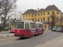 维也纳电车 免版税图库摄影