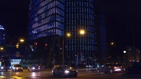 维也纳,奥地利- 12月, 24日在晚上照亮了高层建筑物 图库摄影