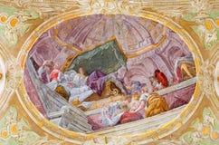 维也纳,奥地利- 2016年12月19日:圣母玛丽亚诞生的天花板壁画在教会Mariahilfer Kirche里 库存照片