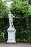 维也纳,奥地利- 2016年5月15日:赫拉克勒斯雕象在schoenbrunn庭院里 免版税库存图片