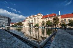 维也纳,奥地利- 2016年10月07日:MuseumsQuartier和当代艺术博物馆、奥地利建筑学&都市设计博物馆vi的 免版税库存照片
