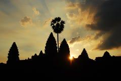 也angkor大厦柬埔寨魅力文化黎明著名充分的遗产历史巨大的地标wat世界 库存图片