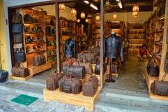 习惯皮革商店在会安市 免版税库存图片
