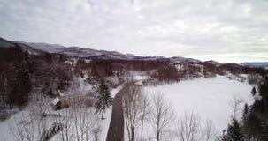 乡下公路在冬天雪国家 股票视频